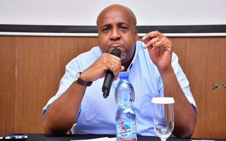 Le ministre Sakombi veut coincer les églises