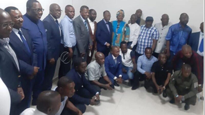 Kitenge Yesu en plein cœur du débat politique national