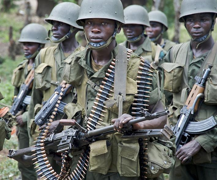 Accueil positif à l'Est des nouvelles autorités militaires